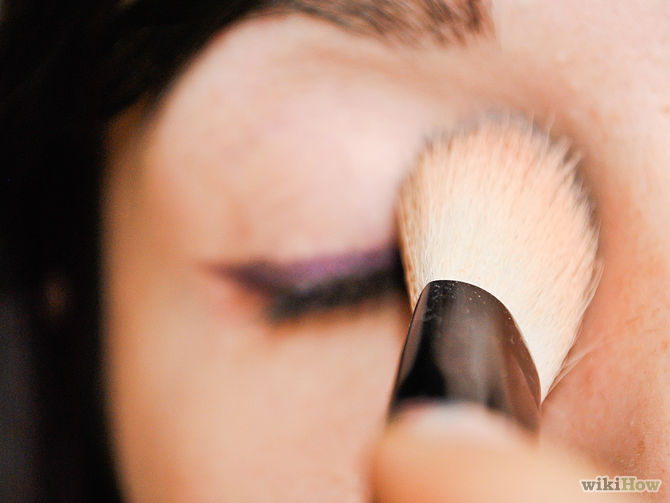 670px-Apply-Makeup-to-Small-Eyes-Step-5